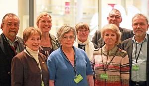 von links: Michael Schulz, Anita Goßler (UOKG); Sonja Steffen (MdB/SPD), Tatjana Sterneberg (Hoheneckerin.); Christa Ladendorf (InteressGem.DDR-Flüchtl.); Eva Aust (Hoheneckerin); Anton Schaaf (MdB/SPD), C.W.Holzapfel (Verein 17.Juni) - Foto: Michael Merz