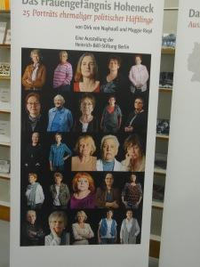 Die Ausstellung DER DUNKLE ORT über 25 Hohenecker Schicksale sollte im Herbst in Stollberg gezeigt werden und wurde ohne Begründung abgesagt.