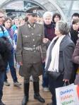Musste nach Protest von Stasi-Opfer Sterneberg die Messe verlassen - Hausverbot für DDR-Uniform-Träger- Foto: LyrAg