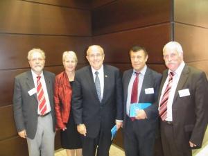 Delegation aus Berlin: Chr.Zimmermann, Glyas.Sayan, Inge Kuntzendorff u. C.W.Holzapfel (v.re.) mit New Yorks Ex-Bürgermeister Rudolph  Giuliani (Mitte). Foto: LyrAg