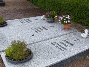 Juli 2013: Das Grab von Maria Stein - Foto: LyrAg