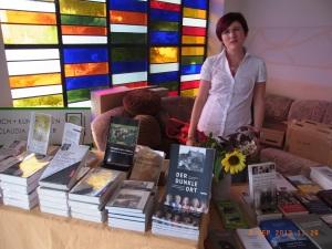 Büchertisch der Buchhandlung Lindner: Grfragte Titel -            Foto: LyrAg