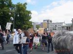 Etwa 120 Demonstranten zogen lt. VA (Polizei: 60) vom Brandenburger Tor zur Siegessäule und zurück - Fotos: LyrAg
