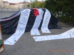 Ein Mercedes für Angela Merkel, eine vergleichbare Mogelpackung - Foto: LyrAg