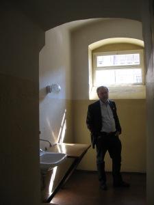 1966 zu 8 Jahren Zuchthaus verurteilt: der Autor 2010 in  Bautzen II - Foto: LyrAg