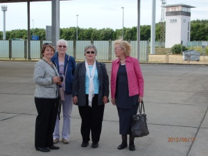 Zur Eröffnung angereist: Die ehem. Hoheneckerinnen Catharina Mäge, Birgit Krüger, Tatjana Sterneberg, Edda Sperling (v.li.) - Foto: LyrAg