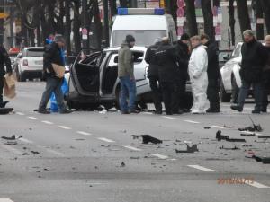 Bisher nur ein krimineller Hintergrund: Tödlicher Sprengstoffanschlag in Berlins City. Wann schlägt der Terror nach Paris und Brüssel in Hamburg, München oder Berlin zu? - Foto: LyrAg