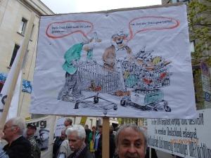 Kreativ: Fritz Schaarschmidt aus Bayern mit einer Karikatur - Foto. LyrAg