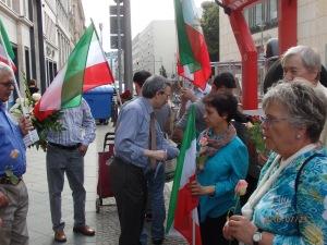 Zahlreiche Iraner waren dem Aufruf zum Gedenken gefolgt - Foto: LyrAg
